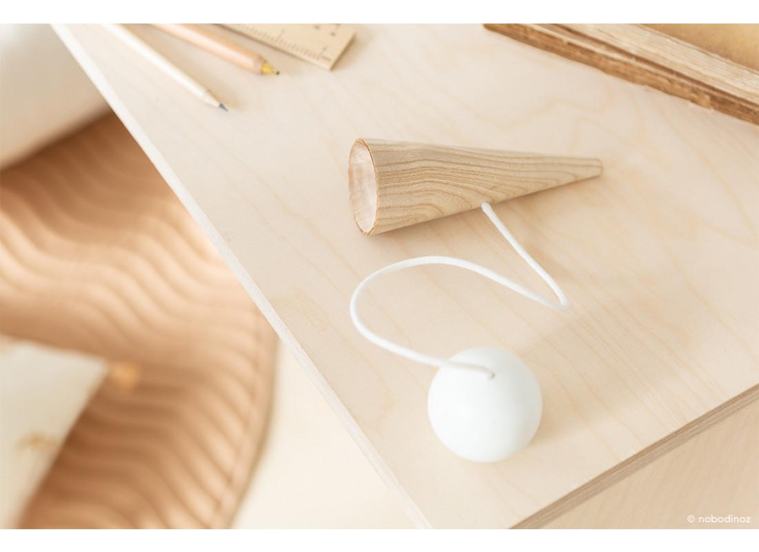 Bilboquet de madera • white