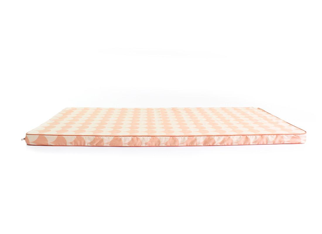 Colchoneta de suelo Saint Tropez 120x60x4 escamas rosas