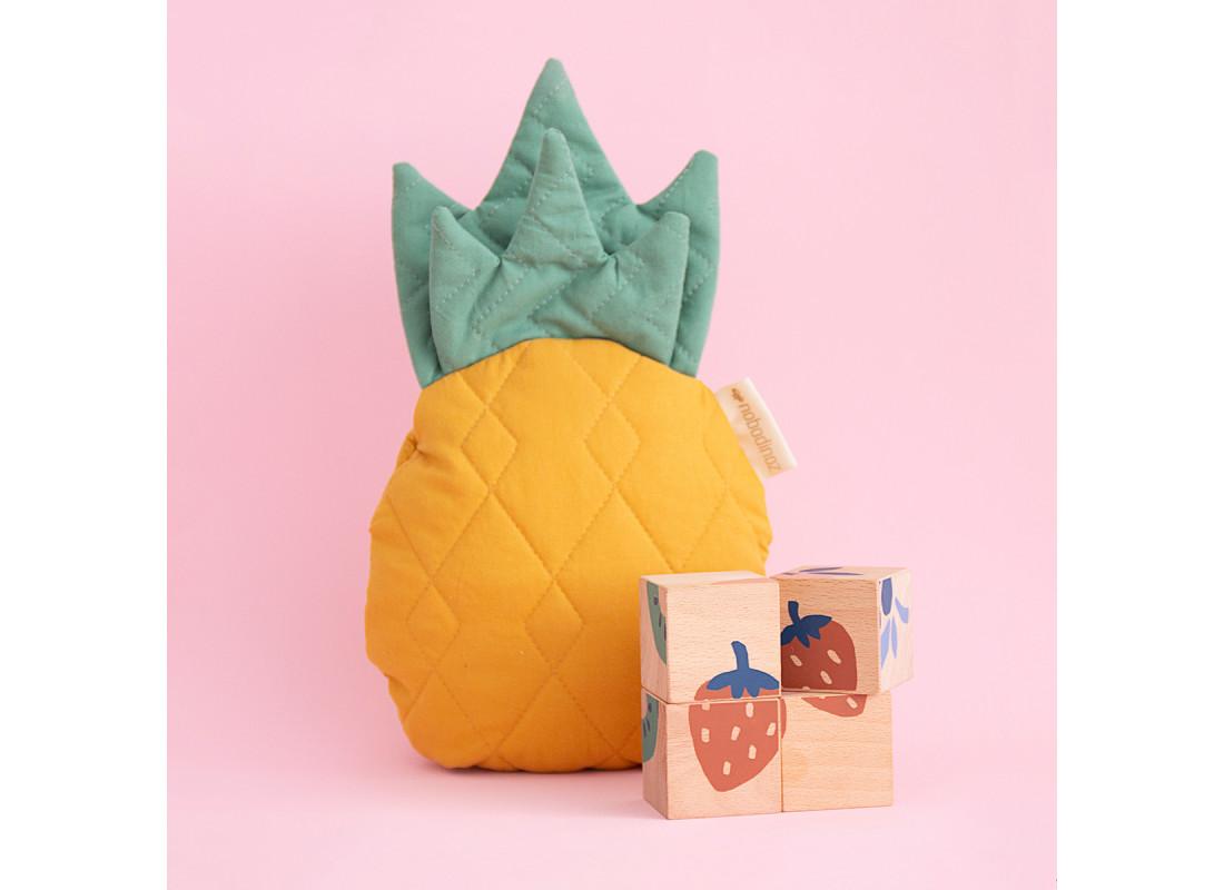 Cubos de madera Frutas
