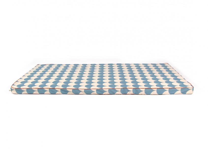 Colchoneta de suelo Saint Tropez 120x60x4 escamas azules