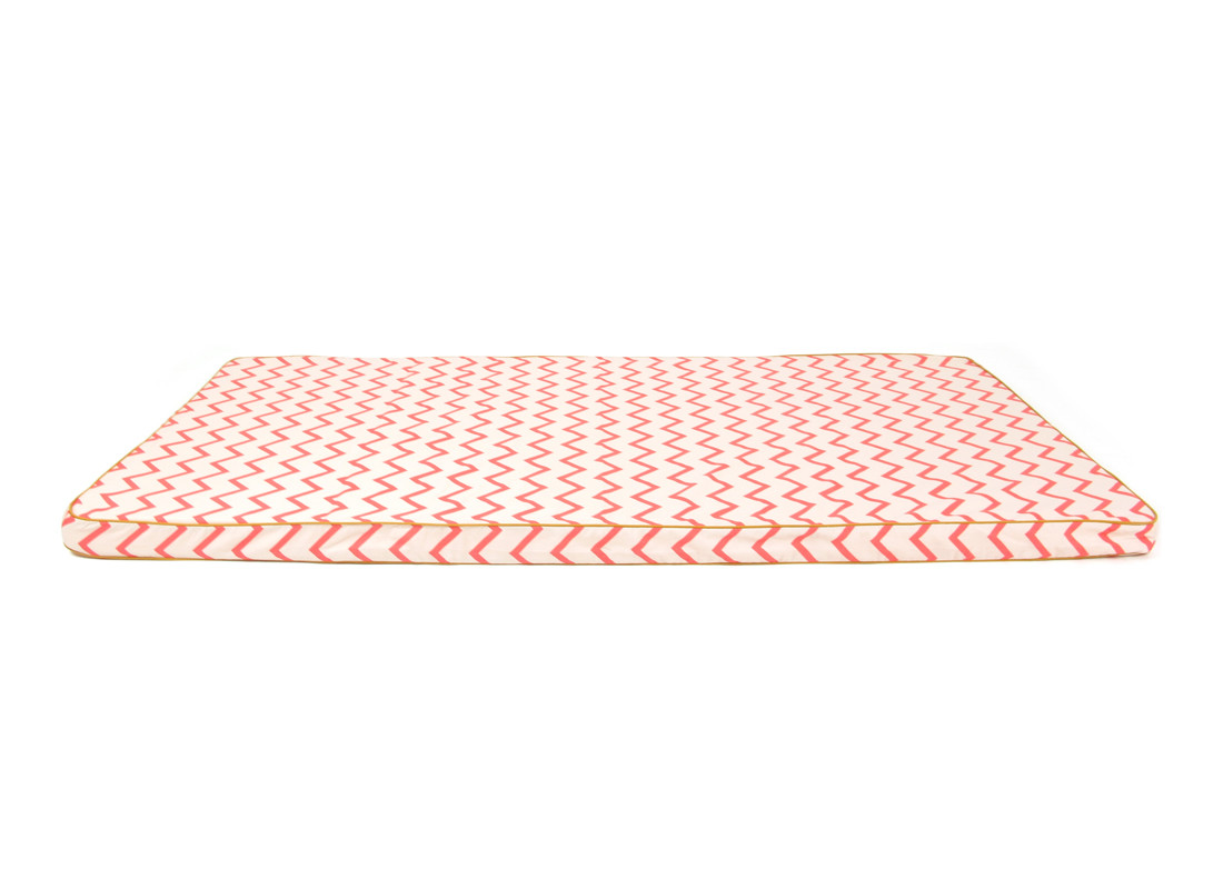 Saint Tropez play mattress • zig zag pink