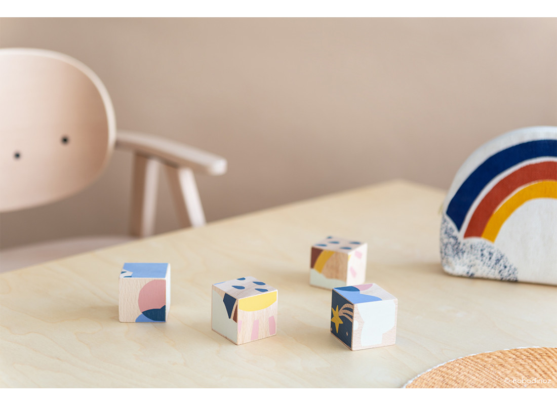 Weather wooden cubes
