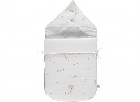 Passegiata footmuff 90x46x6 gold secrets/ white