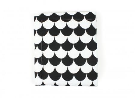 Blanket Copenhague black scales – Medium