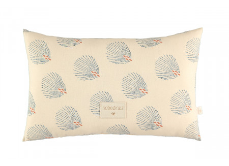 Laurel cushion • blue gatsby cream