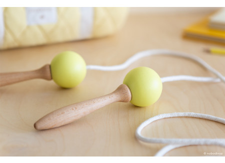 Wooden Skipping rope • yellow