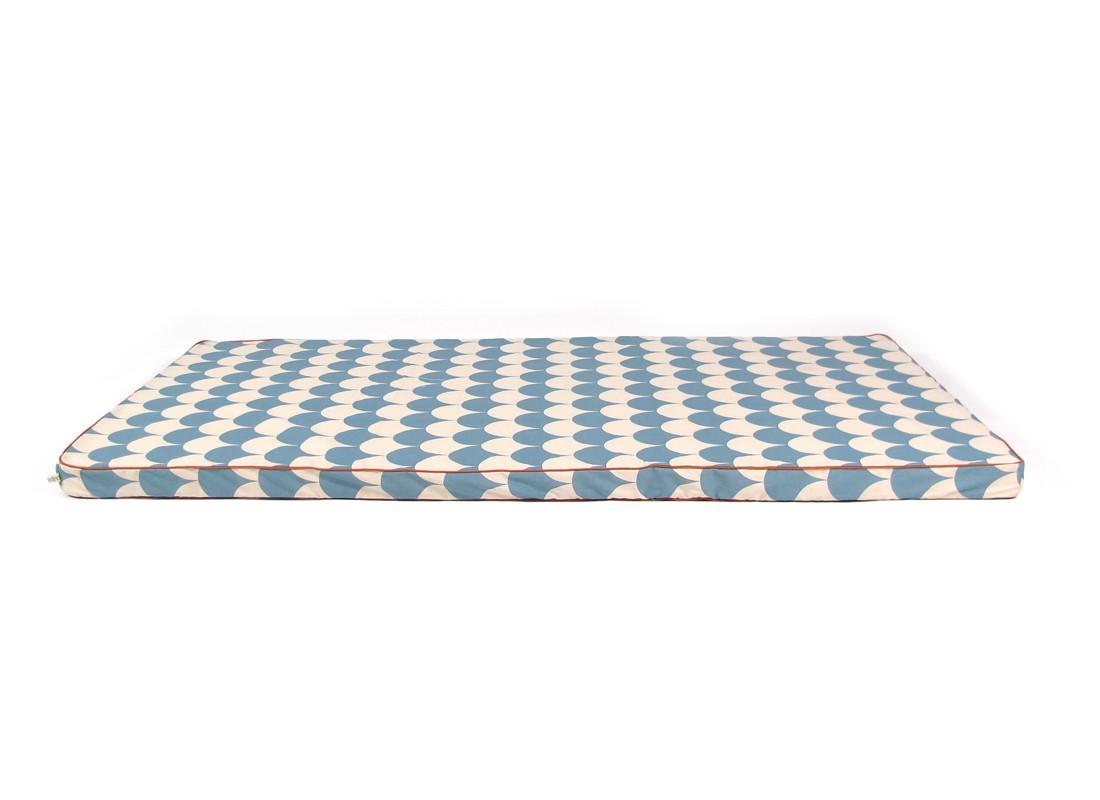 Saint Tropez floor mattress 120X60X4 blue scales