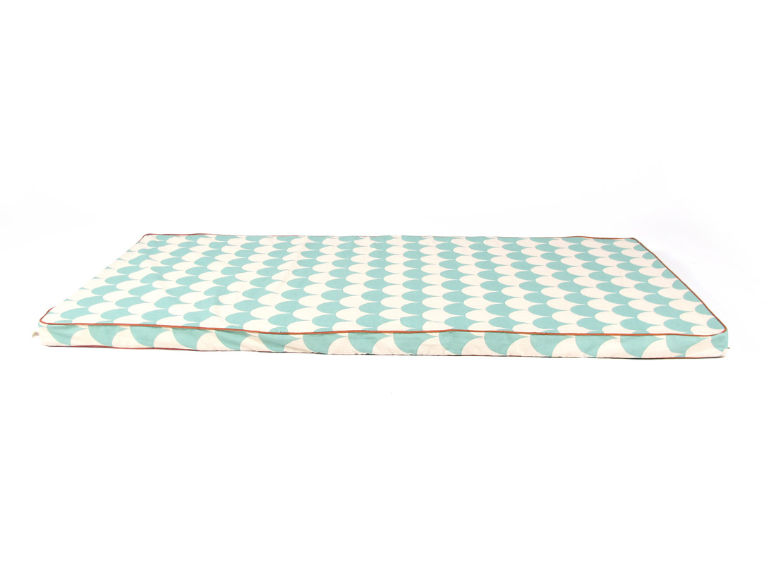 Saint Tropez floor mattress 120X60X4 green scales