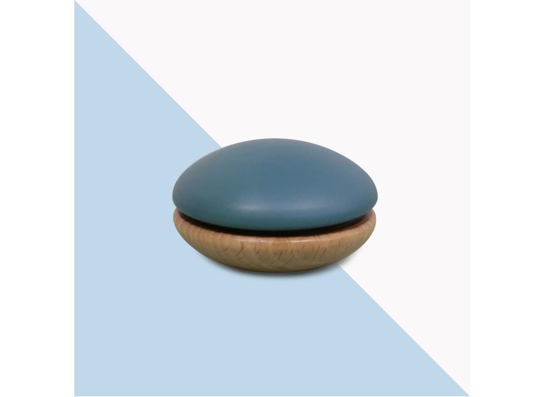 Yoyo en bois 6x6x4cm bleu