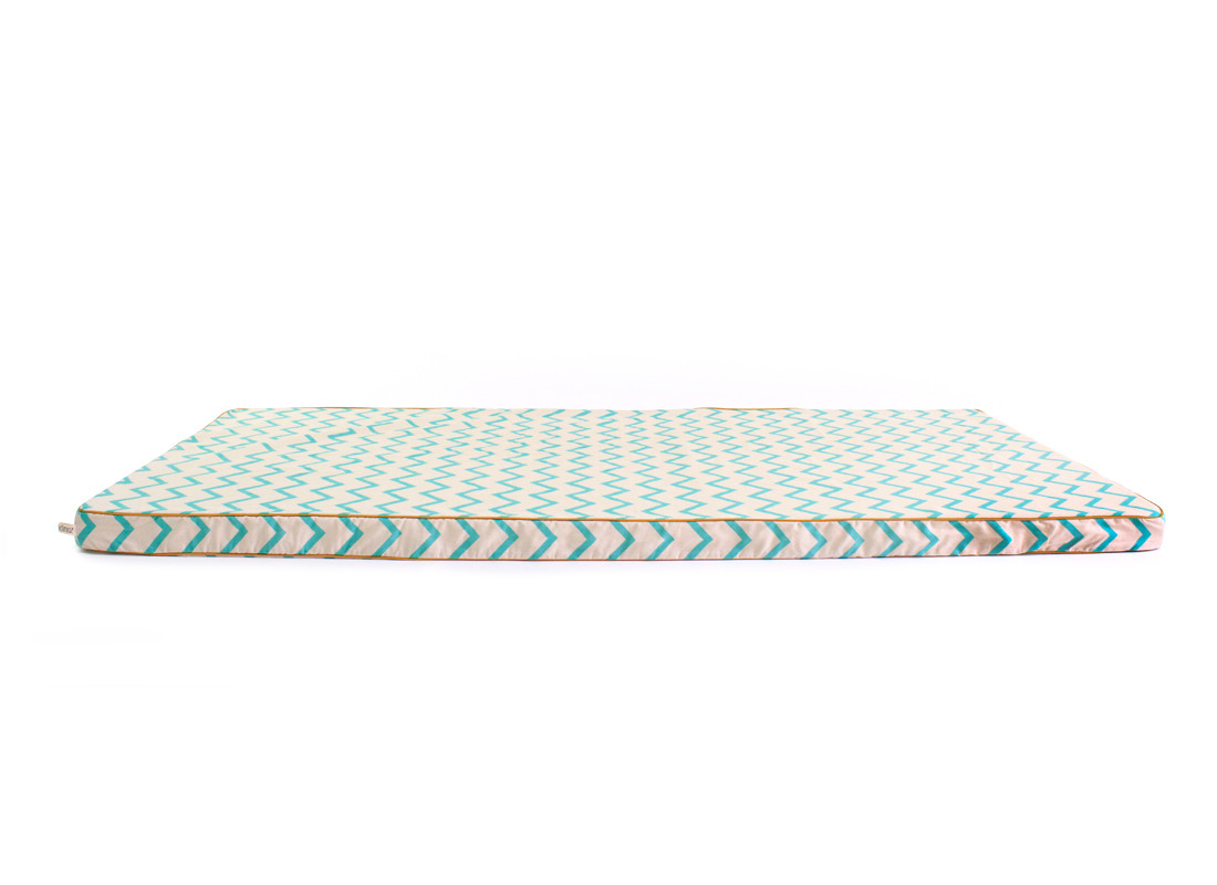 matelas de sol saint tropez 120x60x4 zig zag vert site officiel d co pour enfants et b b s. Black Bedroom Furniture Sets. Home Design Ideas
